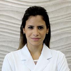 Dra. Ana Carolina